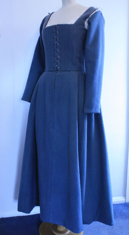 Free wedding dress images - Tudor Woman S Kirtle From 1535 Janet Comber Time Tailor